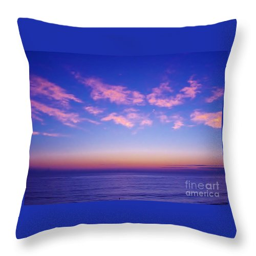 Sunrise Throw Pillow featuring the photograph Beautiful - Morning by D Hackett