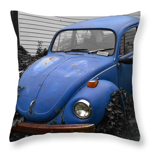 Vw Throw Pillow featuring the photograph Beetle Garden by Angela DeFrias