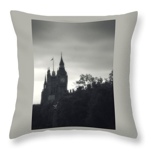 Big Ben Throw Pillow featuring the photograph Big Ben by Rachel Mirror