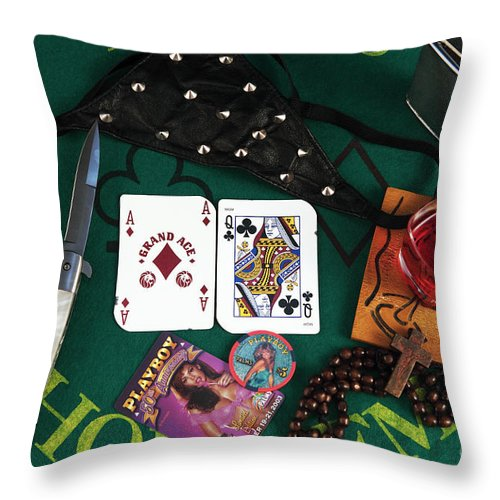 Big Chick Throw Pillow featuring the photograph Big Chick by John Rizzuto