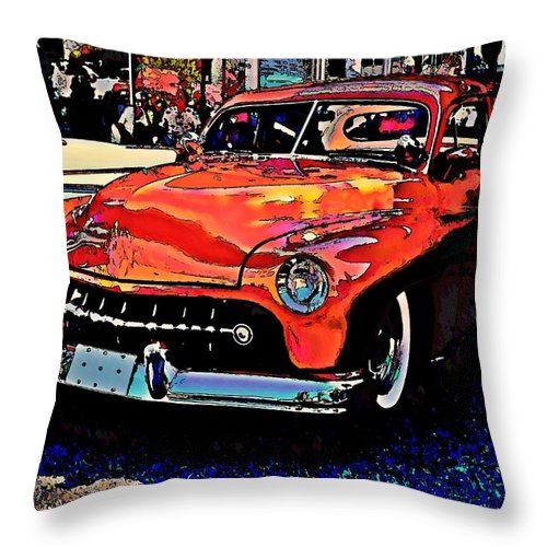 Big Orange Throw Pillow featuring the photograph Big Ol' Orange by Stanley Funk