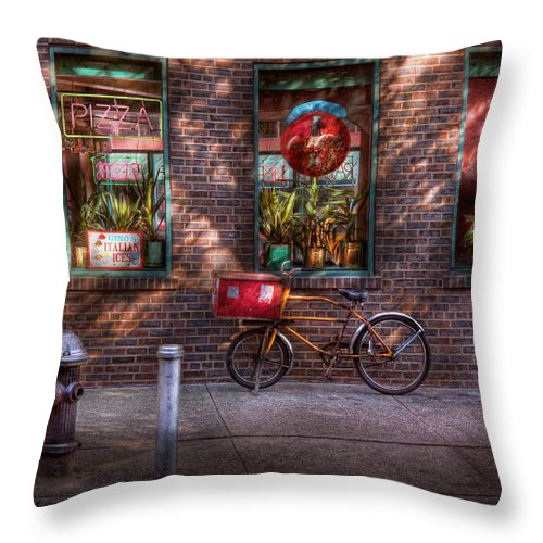 American Diner Throw Pillow featuring the photograph Bike - Ny - Chelsea - The Delivery Bike by Mike Savad