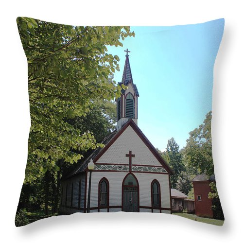 Family Four Photo Throw Pillow featuring the photograph Billie Creek Village Church by Brenda Donko