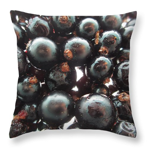 Blackcurrant Throw Pillow featuring the photograph Blackcurrant Affairs by Martin Howard
