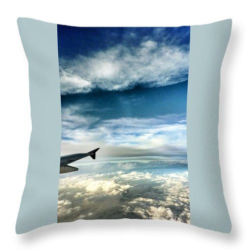 Airplane Wing Throw Pillow featuring the photograph Blue Sky Wing by Susan Garren