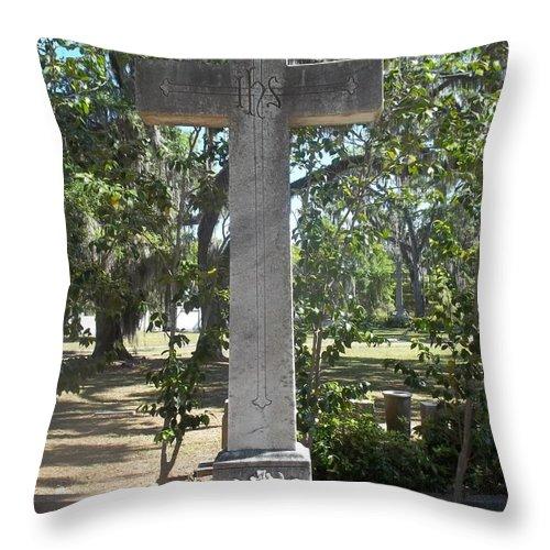 Cross Throw Pillow featuring the photograph Bonaventure Cross by James Potts