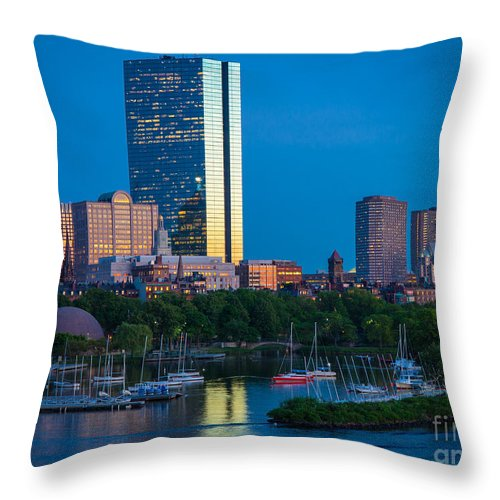America Throw Pillow featuring the photograph Boston By Night by Inge Johnsson