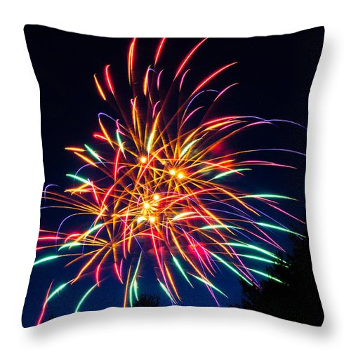 Fireworks Throw Pillow featuring the photograph Boston Fireworks by Tom Wilder