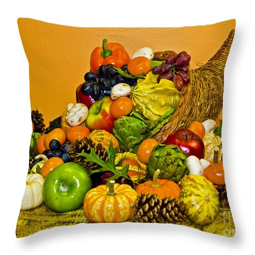 Cornucopia Throw Pillow featuring the photograph Bountiful Harvest by Valerie Fuqua