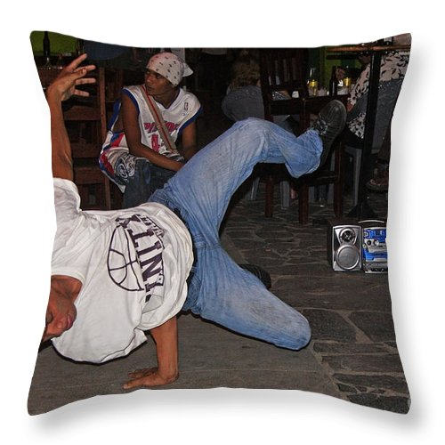 Central Throw Pillow featuring the photograph Breakdancer by Rudi Prott