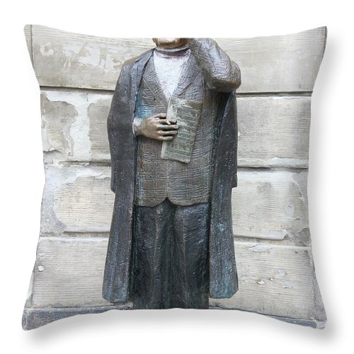 Statue Throw Pillow featuring the photograph Bronze Statue Stockholm - Evert Taube by Christiane Schulze Art And Photography