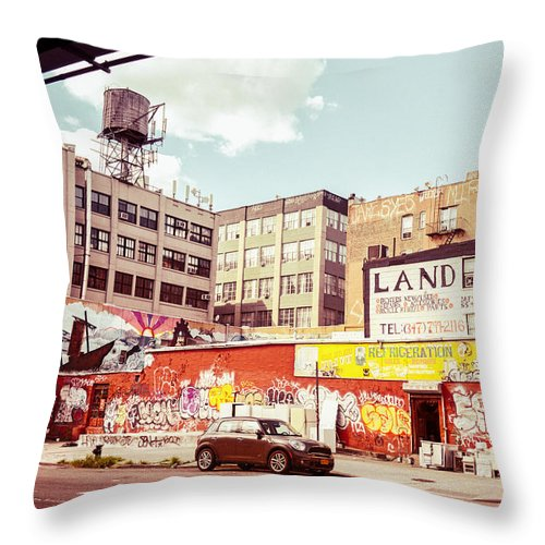 Brooklyn Throw Pillow featuring the photograph Brooklyn - New York City - Williamsburg by Vivienne Gucwa