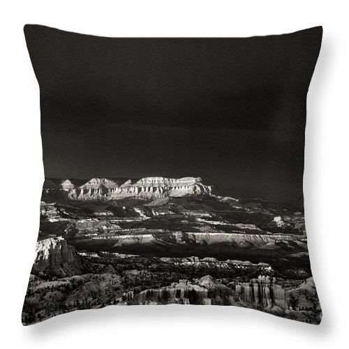 North America Throw Pillow featuring the photograph Bryce Canyon Formations In Black And White by Dave Welling