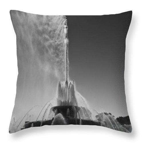 Digital Throw Pillow featuring the photograph Buckingham Morning 6 by Kevin Eatinger