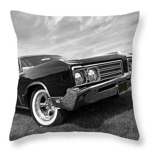 Buick Throw Pillow featuring the photograph Buick Wildcat 1968 by Gill Billington