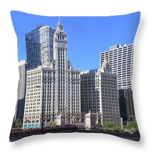 Chicago River Throw Pillow featuring the photograph Buildings By The Chicago River, Chicago by Fraser Hall