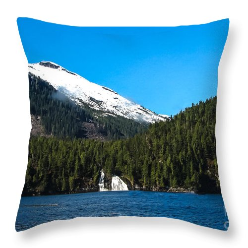 Mountains Throw Pillow featuring the photograph Butedale Falls by Robert Bales