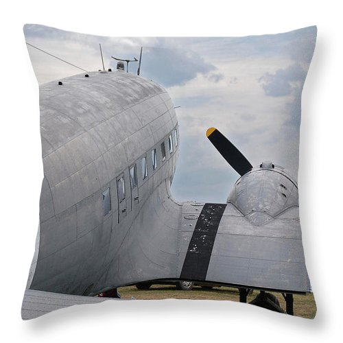 Aircraft Throw Pillow featuring the photograph C-47 3880 by Guy Whiteley