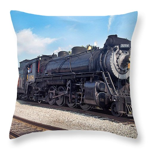 Railroad Throw Pillow featuring the photograph Canadian National 3254 by Paul W Faust - Impressions of Light