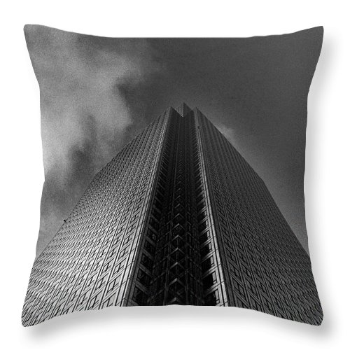 Canary Wharf Throw Pillow featuring the photograph Canary Wharf London 3 by David Rives