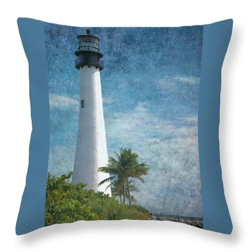 Beacon Throw Pillow featuring the photograph Cape Florida Lighthouse 2 by Rudy Umans