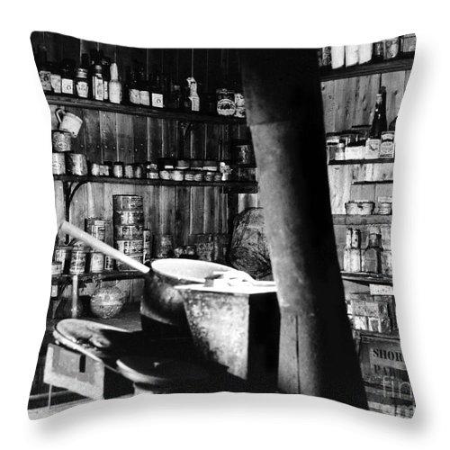 Cape Evans Throw Pillow featuring the photograph Capeevanshut-antarctica-g.punt-12 by Gordon Punt