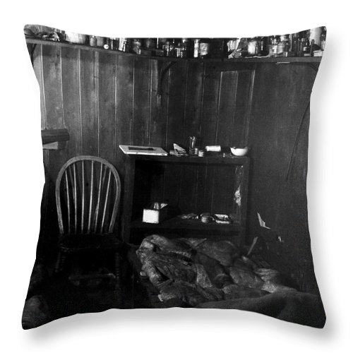 Cape Evans Throw Pillow featuring the photograph Capeevanshut-antarctica-g.punt-17 by Gordon Punt