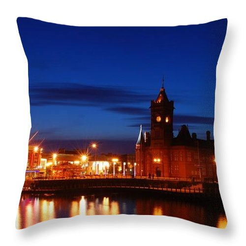Cardiff Bay Throw Pillow featuring the photograph Cardiff Bay by Jenny Potter