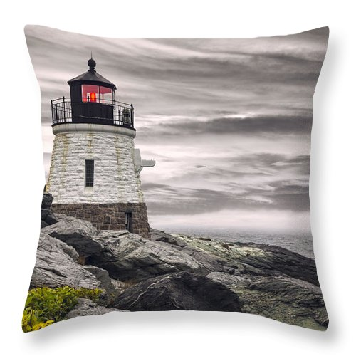 America Throw Pillow featuring the photograph Castle Hill by Eduard Moldoveanu