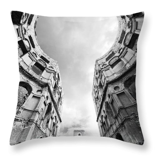 Blaminsky Throw Pillow featuring the photograph Castle Keyhole In Black And White by Jaroslaw Blaminsky