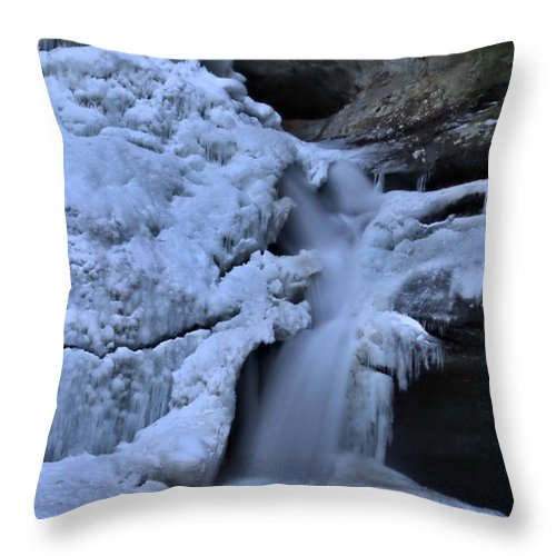 Frozen Waterfall At Cedar Falls In Hocking Hills State Park Throw Pillow featuring the photograph Cedar Falls In Winter At Hocking Hills by Dan Sproul