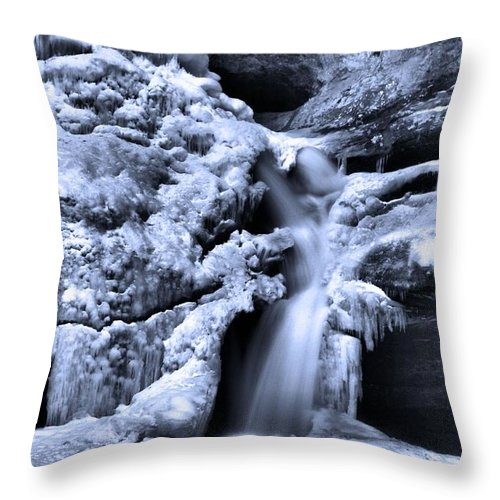 Frozen Waterfall At Cedar Falls In Hocking Hills State Park Throw Pillow featuring the photograph Cedar Falls In Winter by Dan Sproul