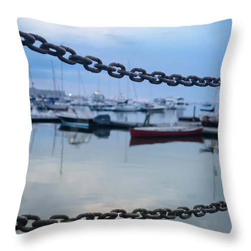 Chain Throw Pillow featuring the photograph Chains Over The Water by Paula Apro