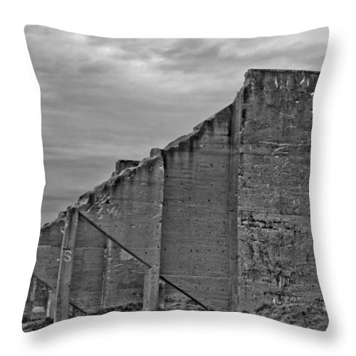 Chambers Bay Throw Pillow featuring the photograph Chambers Bay Architectural Ruins II by Tikvah's Hope