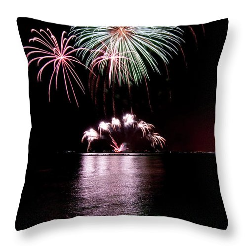 Lake Michigan Throw Pillow featuring the photograph Chicago Fireworks by 400tmax