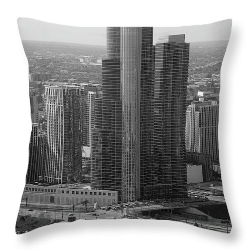 Black And White Throw Pillow featuring the photograph Chicago Modern Skyscraper Black And White by Thomas Woolworth
