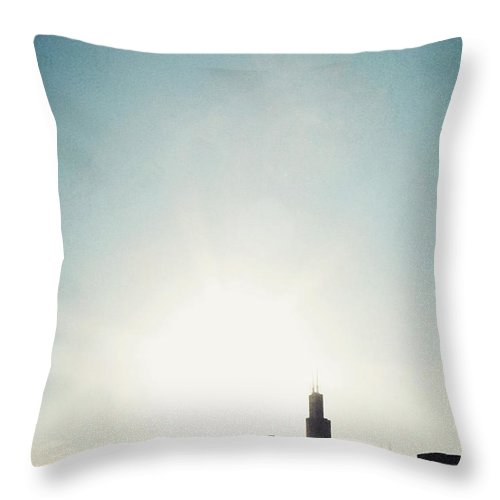 America Throw Pillow featuring the photograph Chicago Skyline I by Margie Hurwich