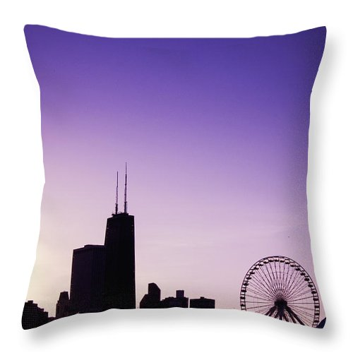 America Throw Pillow featuring the photograph Chicago Skyline Iv by Margie Hurwich