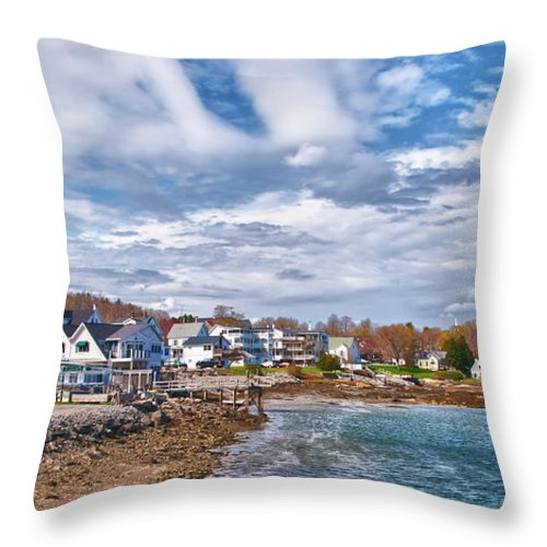 Maine Throw Pillow featuring the photograph Chowdah House 0225h by Guy Whiteley