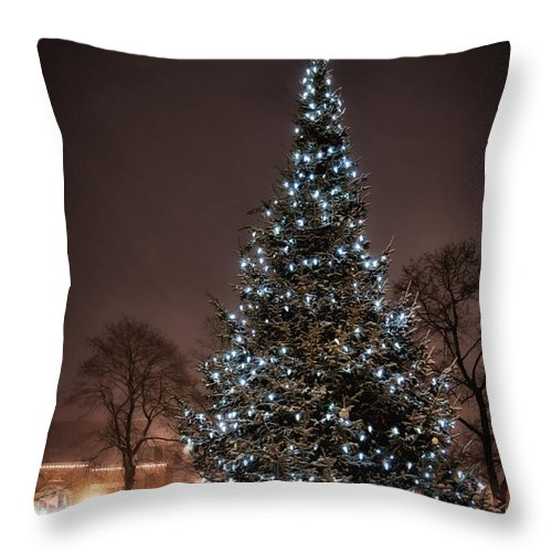 Christmas Tree Throw Pillow featuring the photograph Christmas Tree Dover Nh by Scott Thorp
