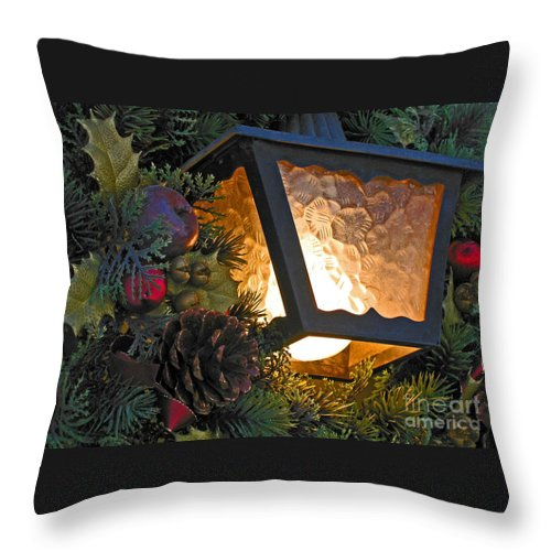 Christmas Throw Pillow featuring the photograph Christmas Welcome by Ann Horn