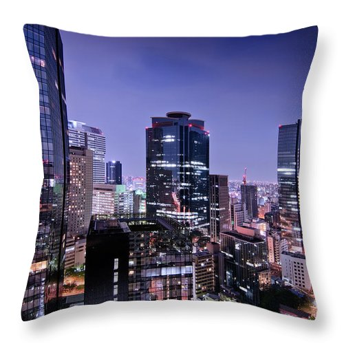 Built Structure Throw Pillow featuring the photograph City Of Glass And Light by Image Provided By Duane Walker