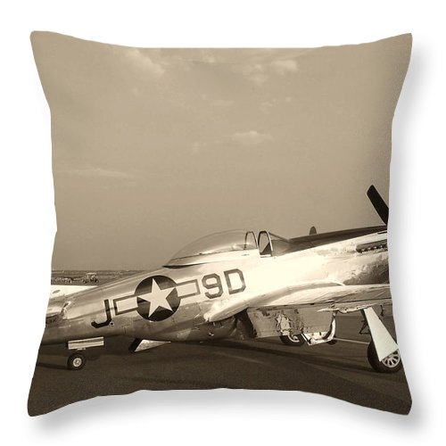 Aircraft Throw Pillow featuring the photograph Classic P-51 Mustang Fighter Plane by Amy McDaniel