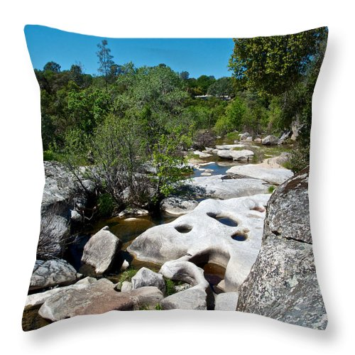 Coarsegold Creek Bed Throw Pillow featuring the photograph Coarsegold Creek Bed In Park Sierra-ca by Ruth Hager