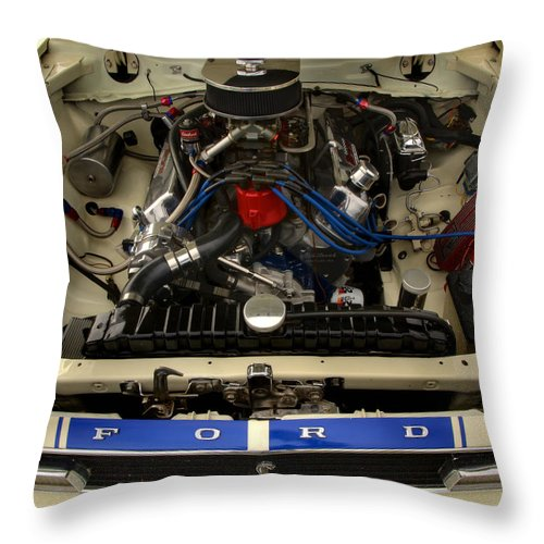 Cobra Throw Pillow featuring the photograph Cobra 1 by Thomas Young