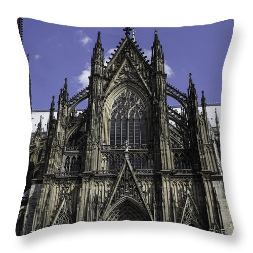 2014 Throw Pillow featuring the photograph Cologne Cathedral 04 by Teresa Mucha