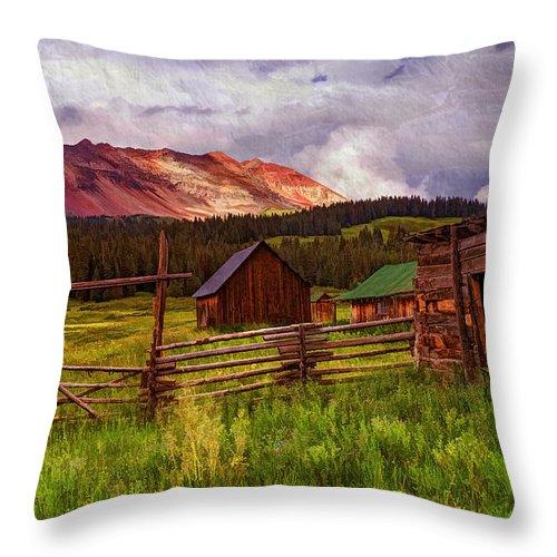 Colorado Dreamin' Throw Pillow featuring the photograph Colorado Dreamin' by Priscilla Burgers