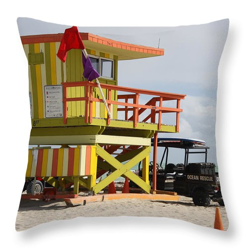 Ocean Rescue Throw Pillow featuring the photograph Colorful Ocean Rescue Miami by Christiane Schulze Art And Photography