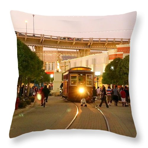 Shreveport Throw Pillow featuring the photograph Coming At You by Darrell Clakley
