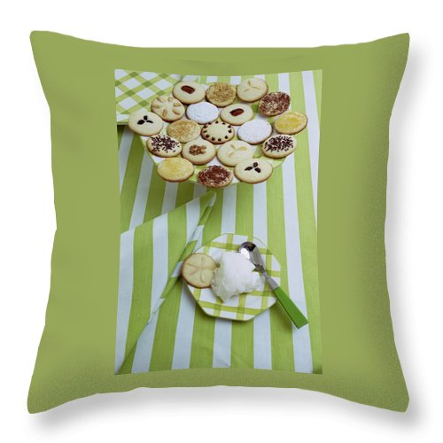 Holiday Throw Pillow featuring the photograph Cookies And Icing by Susan Wood